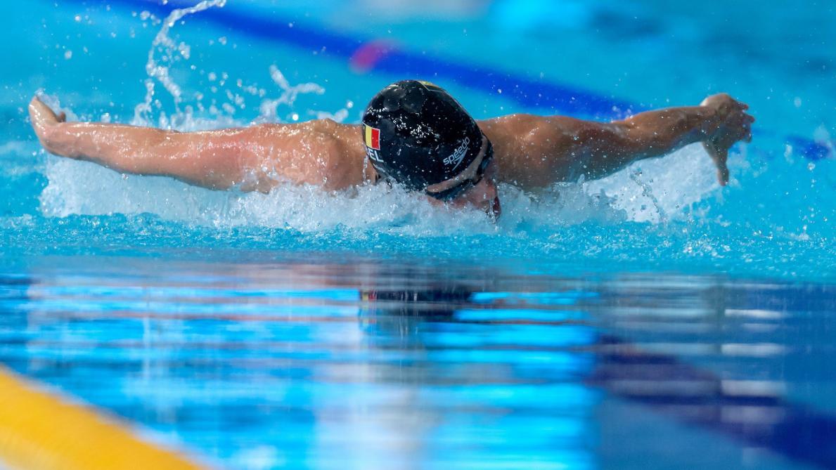 Comment gérer un entraînement haute intensité en natation ?